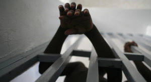 Read more about the article Urgent action needed to end 'inhumane conditions' facing Haiti prisoners: UN rights chief |