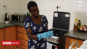 Read more about the article Coronavirus: The fears of a Kenyan domestic worker who can't stay at home