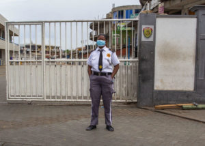 Read more about the article In Ghana, soldiers enforcing COVID-19 restrictions attack 2 journalists