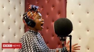Read more about the article Coronavirus over Easter: Gospel singer Evelyn Wanjiru leads worship online