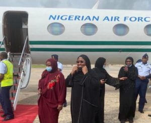 Read more about the article Aisha Buhari Confirms SaharaReporters' Story On Near Air Mishap On Way From Dubai