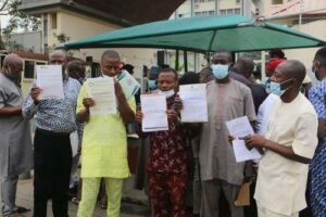 Read more about the article 22 Deregistered Parties Storm INEC Headquarters, Vow To Participate In Anambra Poll