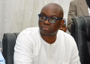 Read more about the article PDP South-West Congress: Fayose Allegedly Escapes Attack As Armed Thugs Invade Hotel