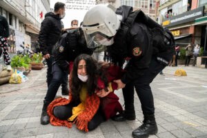 Read more about the article Turkey Resumes its Crackdown on Student Protesters