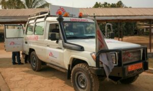 Read more about the article The Doctors Without Borders ambulance service in South-West Cameroon: an essential lifeline in a region beset by violence