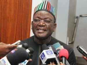 Read more about the article Once Buhari's Minister, Akume Secures Meal Ticket, Benue Can Go To Hell –Ortom Blasts Ex-Governor Asking Him To Apologise To President