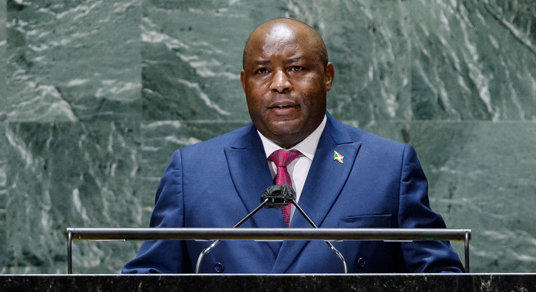 Read more about the article Withpeacerestored, Burundi president says poverty is the remaining threat  
