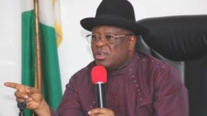 Read more about the article Ebonyi Governor, Umahi, Threatens Two Journalists Over Reports, Bans Them From Government Facilities