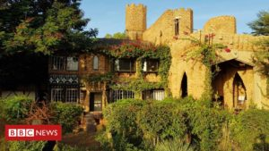 Read more about the article Why a Frenchman built a 'Tudor' castle in Burkina Faso