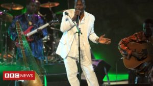Read more about the article Mory Kanté: African music star dies aged 70