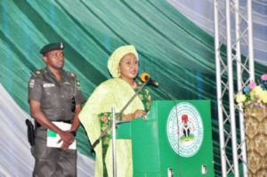Read more about the article ADC, Other Security Details Of Aisha Buhari Restored