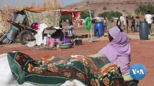Read more about the article Ethiopian Refugees Evacuate Border Camps in Sudan   Voice of America