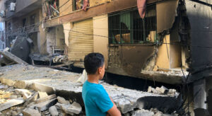 Read more about the article Civilian casualties climb, as UN chief calls on all parties to 'immediately cease' fighting in Gaza and Israel  