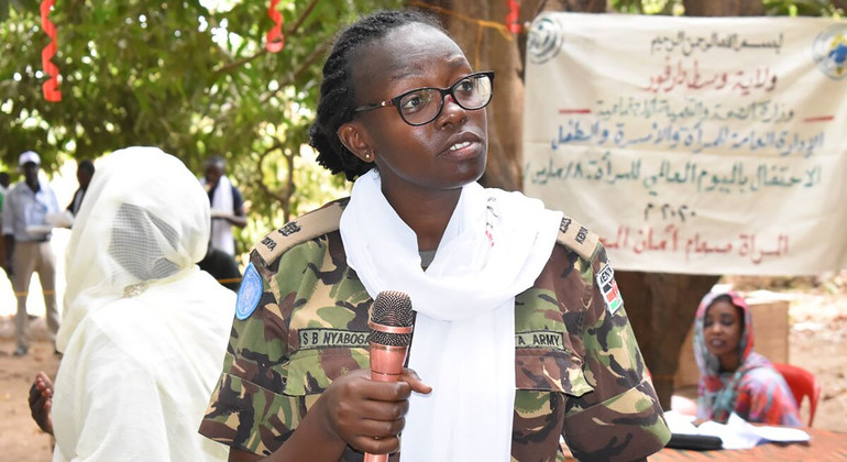 Read more about the article Military Gender Advocate of the Year highlights 'crucial gender dimensions' in Darfur  