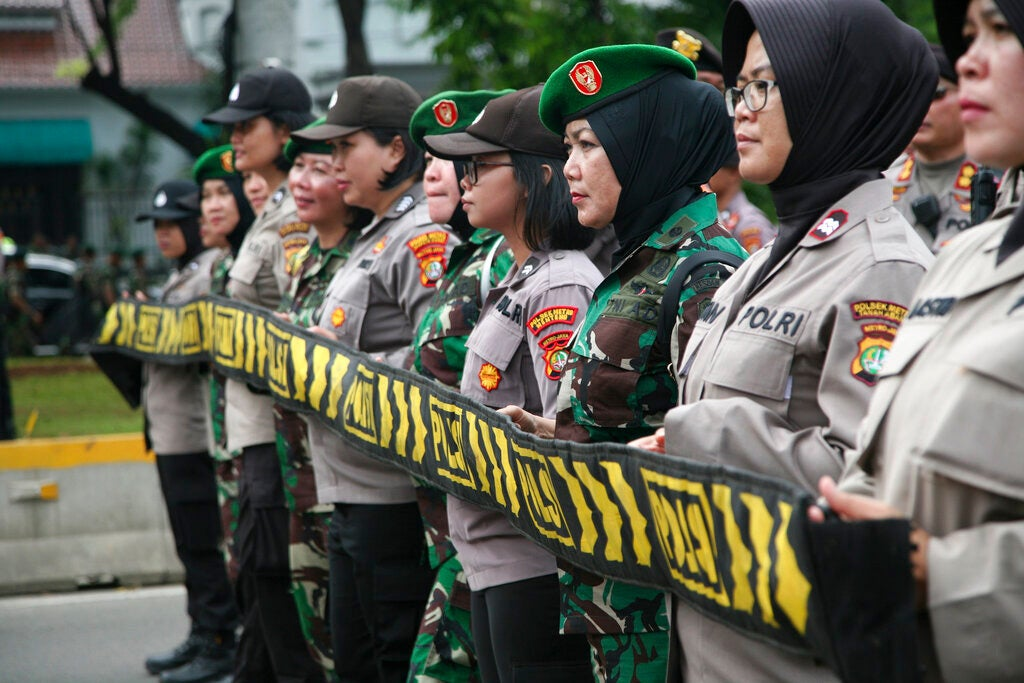 Read more about the article Indonesia Army Chief to Terminate Unscientific 'Virginity Test'