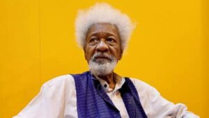 Read more about the article Soyinka Hits Buhari Again, Says President's Insistence On Grazing Routes Shows He's Mentally Handicapped