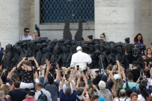 Read more about the article Pope Francis' Hungary Visit Should Stress Need for Empathy Towards Refugees