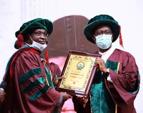 Read more about the article Delta Residents Mock Governor Okowa Over 'Dubious Best Governor Award' By Nigerian Civil Engineers